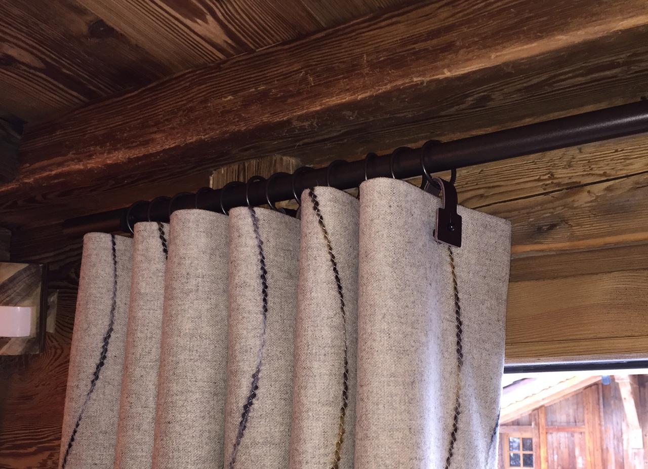 Finishing curtains
